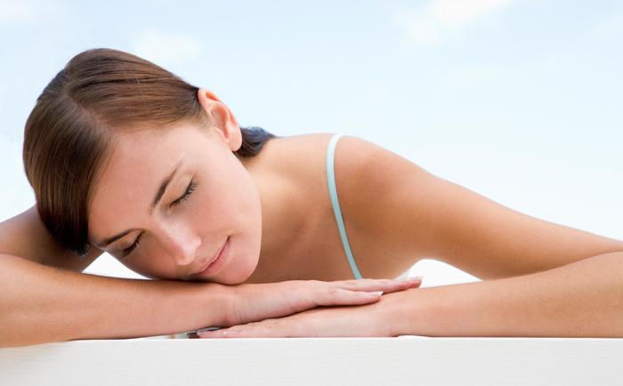 睡上怎样做好祛斑护肤?
