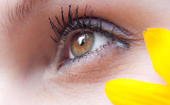 怎样护肤可以减少眼袋和黑眼圈?