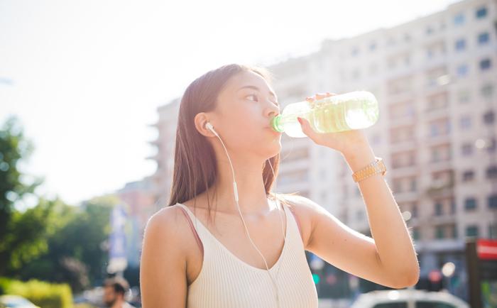 夏天该如何为肌肤补水呢?