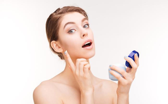 20岁的年纪怎么选择护肤品?
