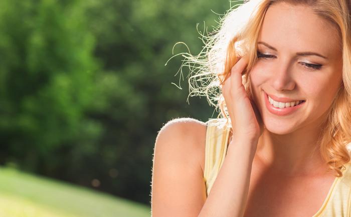 如何应对女性面部毛孔粗大