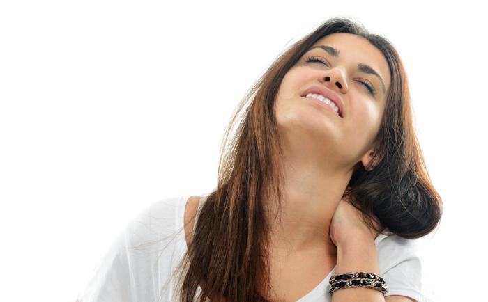 颈部皱纹该怎么去除?