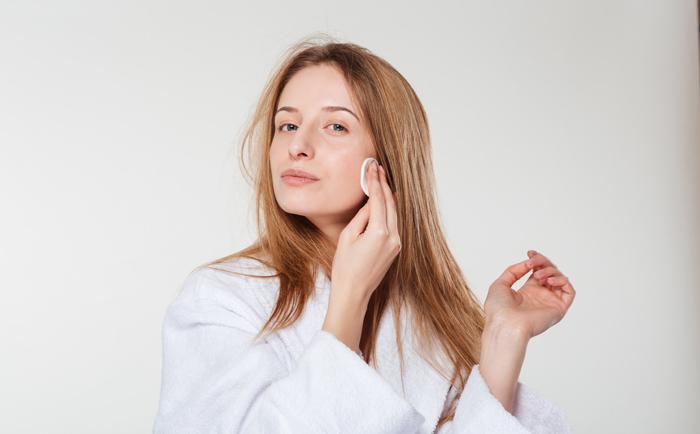 毛孔粗大应该怎么清洁皮肤?
